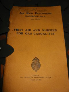 First Aid ad nursing for gas casualties